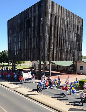 Tree of Knowledge Barcaldine - May Day Parade